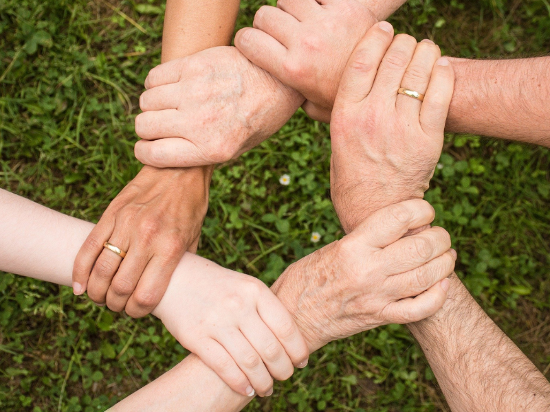 ręce, pomoc, solidarność